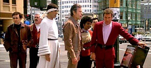 El equipo original de Star Trek buscando dinero en los 60